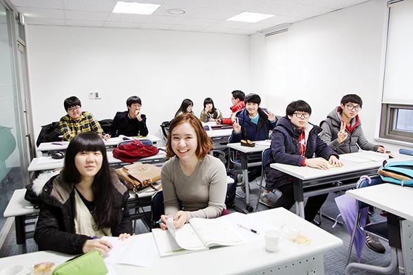 휴먼인러브 전국 대학생 멘토단 모집